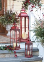 Lovely Traditional Christmas Decorations Ideas 14