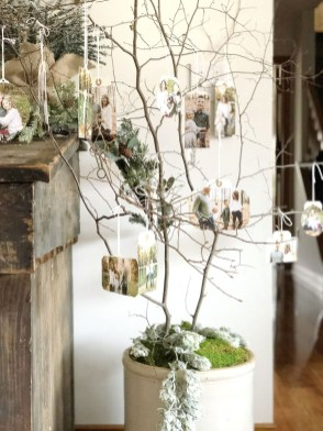 Lovely Traditional Christmas Decorations Ideas 27
