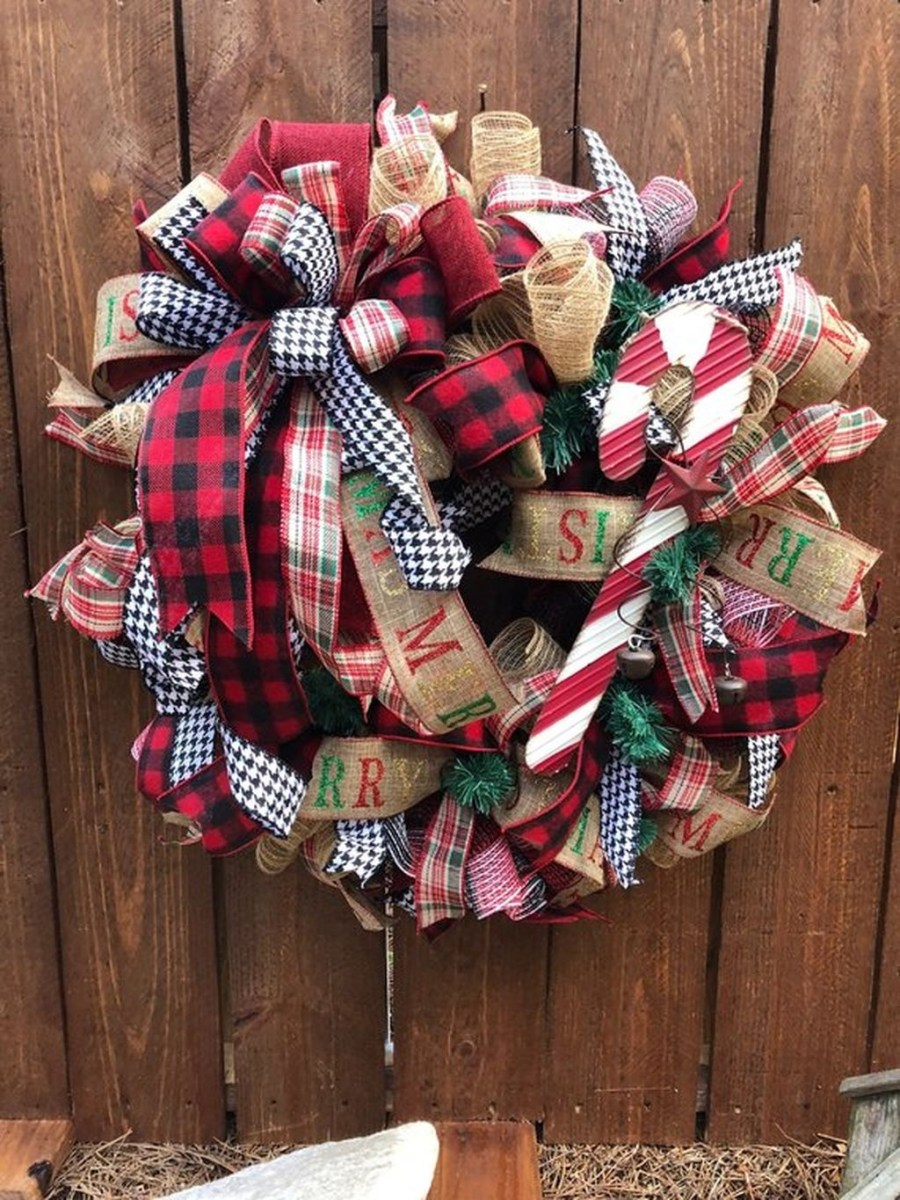 Magnificient Rustic Christmas Decorations And Wreaths Ideas 01