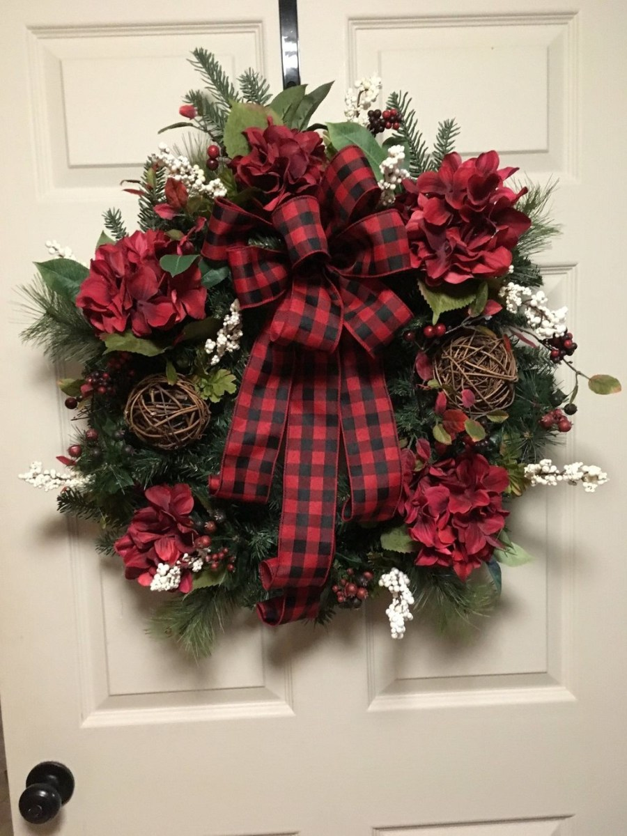 Magnificient Rustic Christmas Decorations And Wreaths Ideas 29