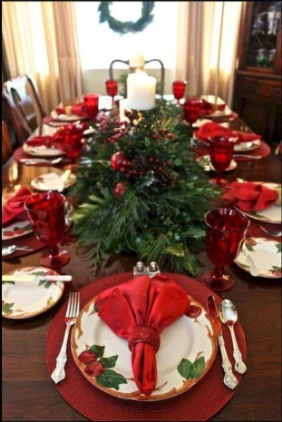 Modern Rustic Christmas Table Settings Ideas 08