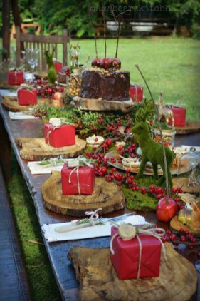 Modern Rustic Christmas Table Settings Ideas 35