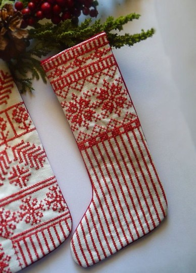 Perfect Christmas Stocking Decoration Ideas 17