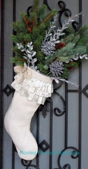 Perfect Christmas Stocking Decoration Ideas 22