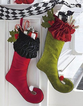 Perfect Christmas Stocking Decoration Ideas 25