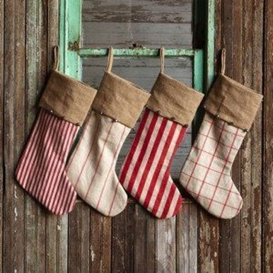 Perfect Christmas Stocking Decoration Ideas 46