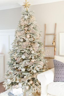 Stylish Decorated Christmas Trees 2018 Ideas 02