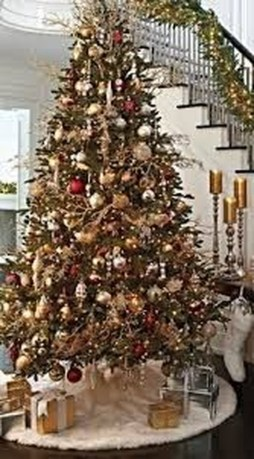 Stylish Decorated Christmas Trees 2018 Ideas 24