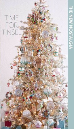 Stylish Decorated Christmas Trees 2018 Ideas 36