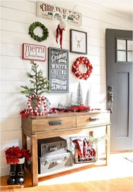 Wonderful Red Christmas Decoration Ideas 16