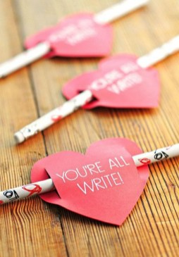 Affordable Diy Crafts Ideas For Valentine Day 34