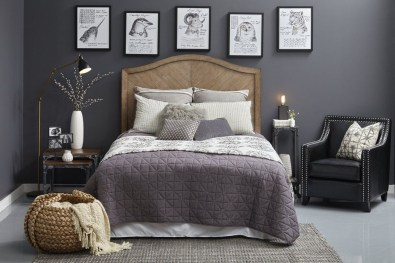 Attractive Industrial Bedroom Design Ideas 05