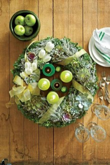 Awesome Christmas Wreath Decoration Ideas For Your Home 06