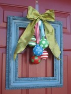 Awesome Christmas Wreath Decoration Ideas For Your Home 28