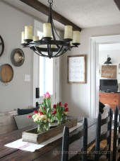Charming Dining Room Decor Ideas For Valentines Day 02