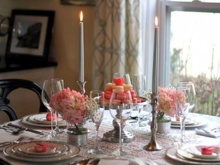 Charming Dining Room Decor Ideas For Valentines Day 23
