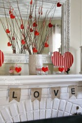 Comfy Valentine Decor Ideas For This Year 02