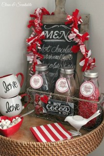 Comfy Valentine Decor Ideas For This Year 20