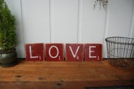 Comfy Valentine Decor Ideas For This Year 21