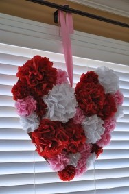 Comfy Valentine Decor Ideas For This Year 52