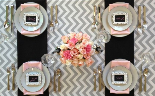 Cute Table Setting Ideas For Valentines Day 18