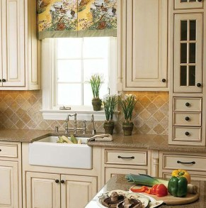 Delightful French Country Kitchen Design Ideas 27
