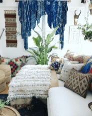 Romantic Rustic Bohemian Living Room Design Ideas 40