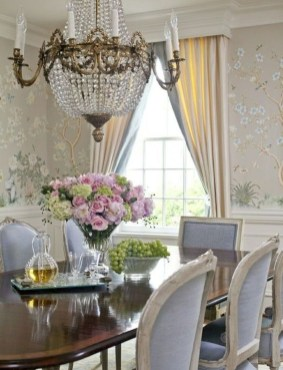 Amazing French Country Dining Room Table Decor Ideas 26