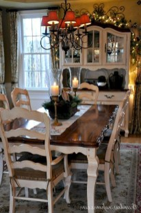 Amazing French Country Dining Room Table Decor Ideas 54