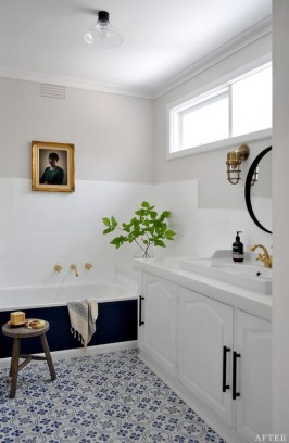 Awesome Bathroom Makeover Ideas On A Budget 24