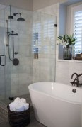 Awesome Master Bathroom Remodel Ideas On A Budget 22