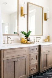 Awesome Master Bathroom Remodel Ideas On A Budget 48