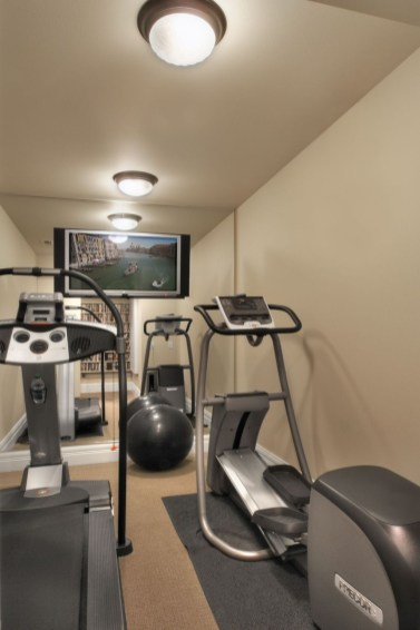 Cheap Home Gym Decorating Ideas For Small Space 39