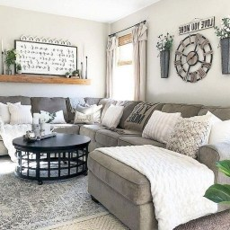 Lovely Farmhouse Living Room Decor Ideas 12
