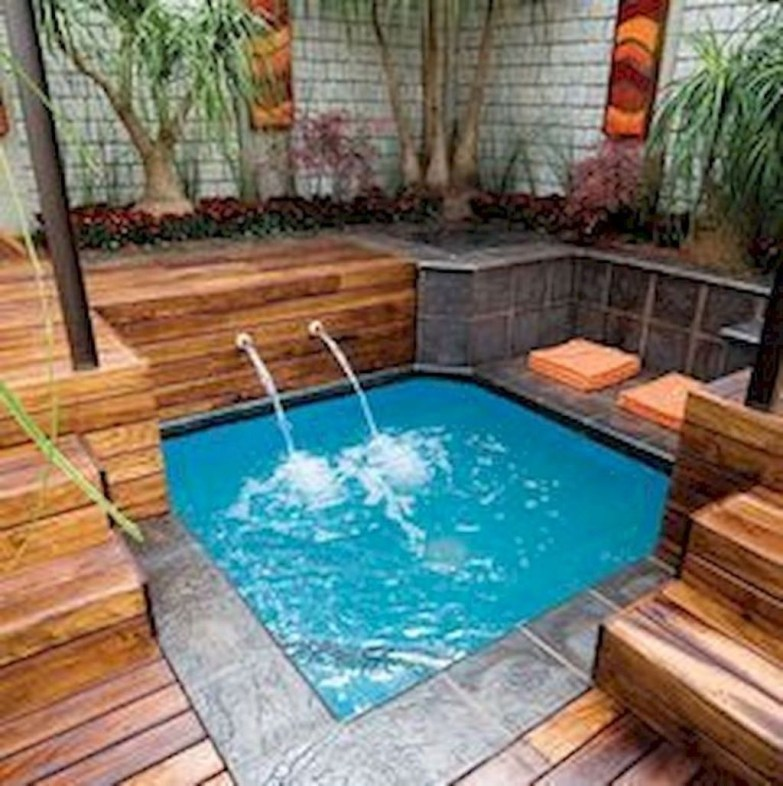 Nice Pool House Decorating Ideas On A Budget 34