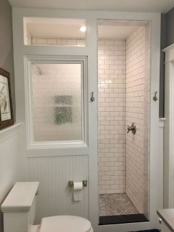 Perfect Tiny House Bathroom Design Ideas 05