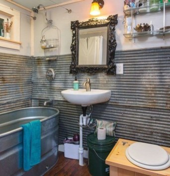 Perfect Tiny House Bathroom Design Ideas 26