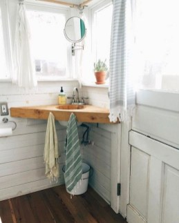 Perfect Tiny House Bathroom Design Ideas 30