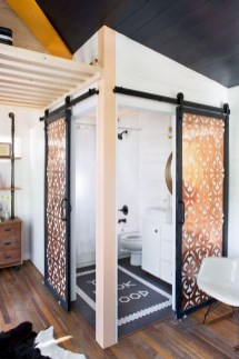 Perfect Tiny House Bathroom Design Ideas 32