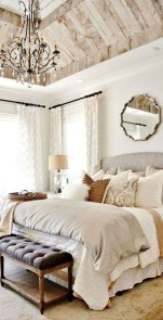 Pretty Farmhouse Master Bedroom Decorating Ideas 13