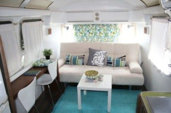 Wonderful Rv Camper Van Interior Decorating Ideas 36