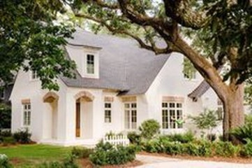 Awesome French Country Exterior Design Ideas For Home 27