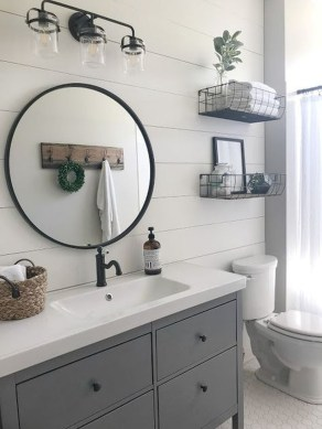 Elegant Farmhouse Bathroom Wall Color Ideas 36