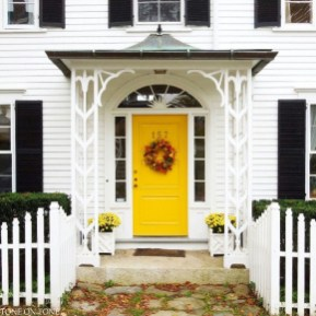 Flawless Exterior House Paint Ideas With Yellow Colors 21