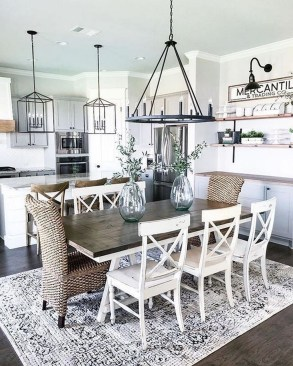Inspiring Farmhouse Dining Room Design Ideas 50