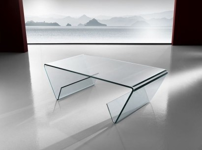 Marvelous Glass Coffee Tables Ideas For Living Room 38