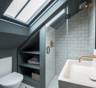 Modern Attic Bathroom Design Ideas 03