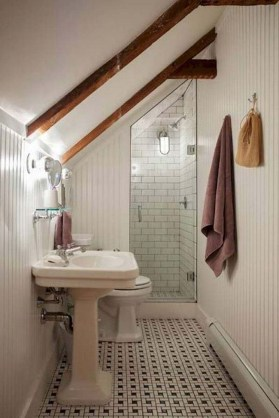 Modern Attic Bathroom Design Ideas 07