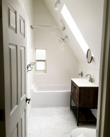 Modern Attic Bathroom Design Ideas 13