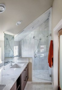 Modern Attic Bathroom Design Ideas 22